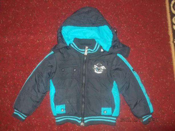 Куртка деми на мальчика 2-3 года