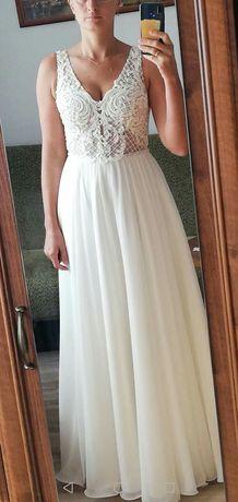 Suknia ślubna . Szyta na miarę. róż. 38
