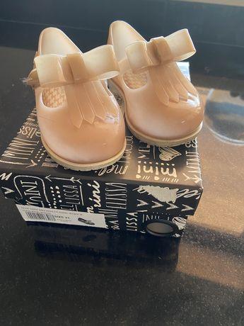 Sapatos mini melissa
