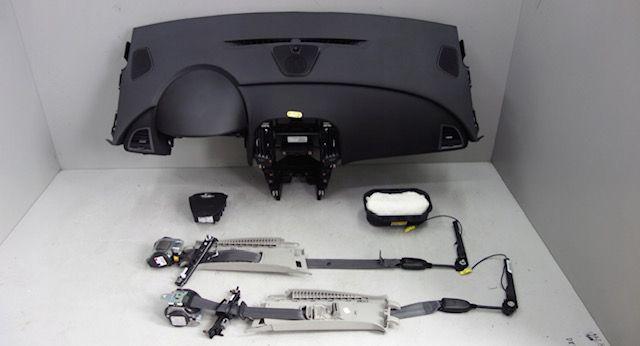 Opel Astra 5j tablier airbags cintos