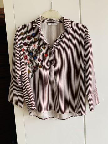 Koszula w paski z haftem