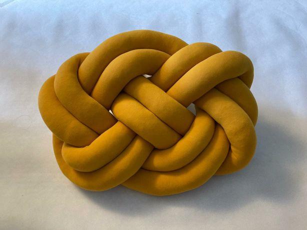 Knot Pillow precel kolory poduszka dekoracyjna ozdobna supeł pleciona