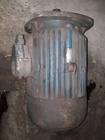 Электродвигатель 10 кВт и 0.45 кВт