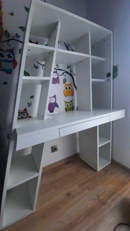 Biurko z półkami i szufladą