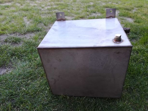 Zbiornik (naczynie) wyrównawczy ze stali nierdzewnej 30x30x35 cm