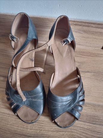 Бесплатно кожаная обувь женская летние босоножки