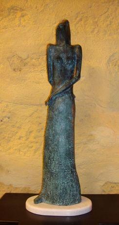 """Escultura em bronze """" Mulher Falcão """""""