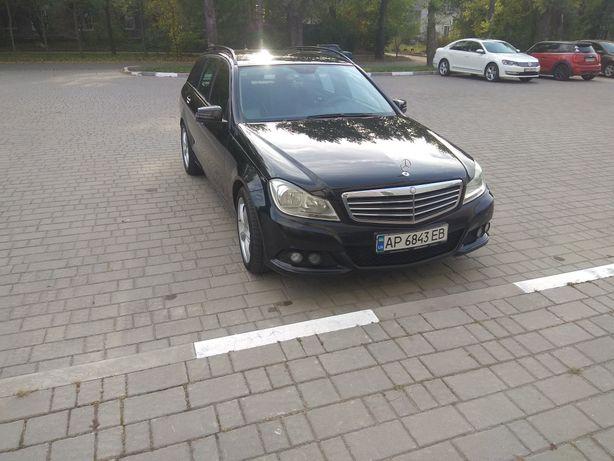 Mercedes-Benz С180