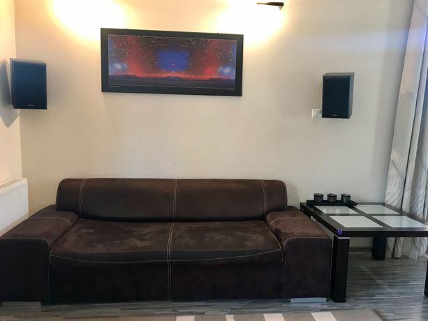 Sofa 3-osobowa + 2 pufy - BARDZO DOBRY stan