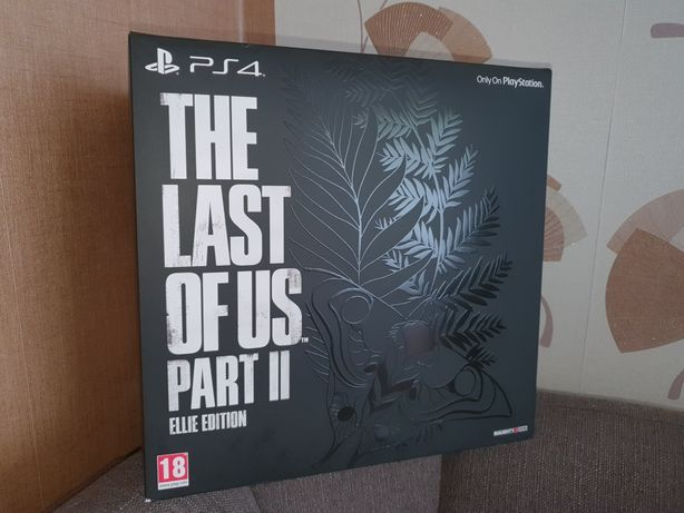 The last of us part II Ellie edition PS4 PRO (wersja USA)