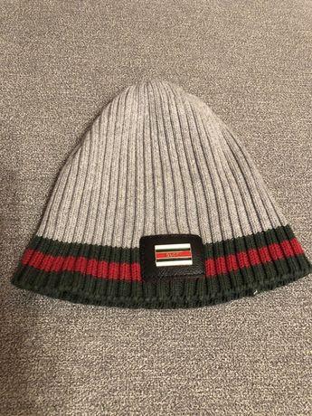 Mini czapka GUCCI