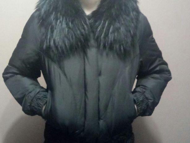 Классная, короткая куртка.