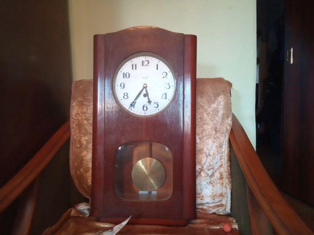 Часы настенные механические СССР