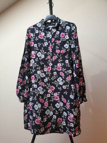 Sukienka koszulowa w kwiaty
