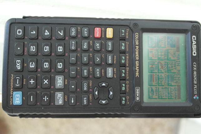 Máquina calculadora gráfica Casio CFX-9850GB Plus