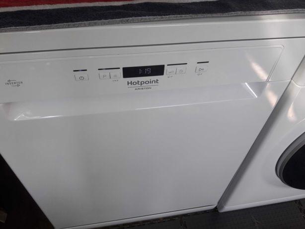 maquina lavar loiça  novissima dou garantia eficiencia  A ++
