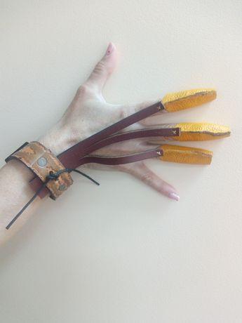 Перчатка для стрельбы из лука