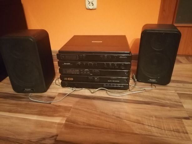 Wieża stereo z gramofonem SHARP
