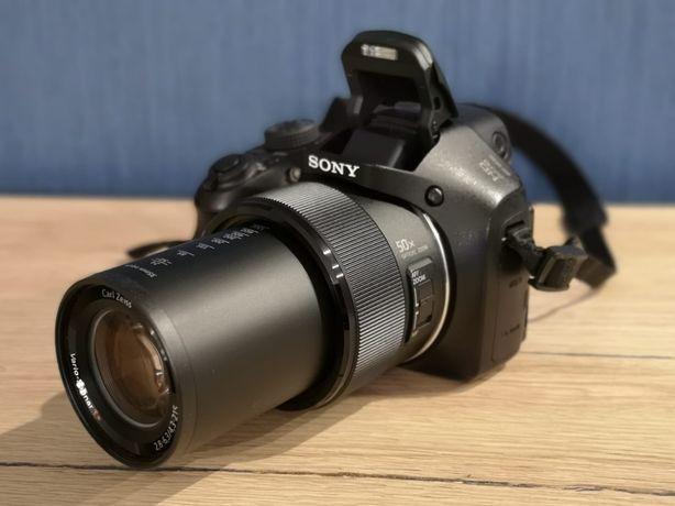 Aparat fotograficzny cyfrowy Sony DSC Hx300 + torba mało używany