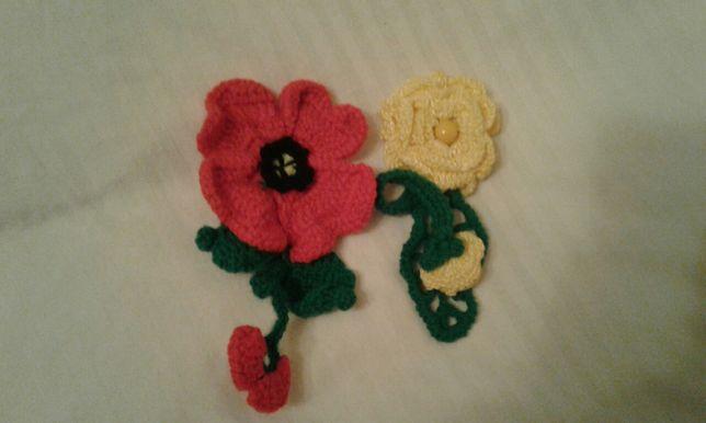 Прыкрасы.  цветочки. ,вязанные крючком ,очень красивые.