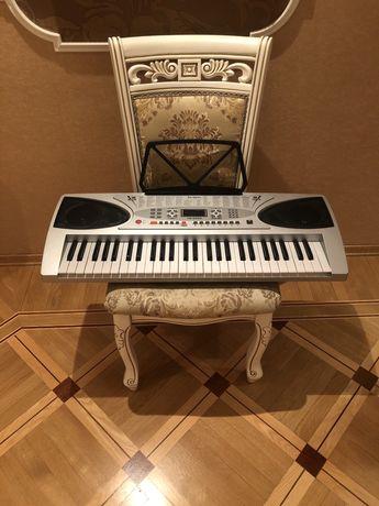 Синтезатор Bravis KB-2069