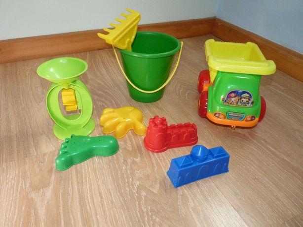 Conjunto de brinquedos de praia menino