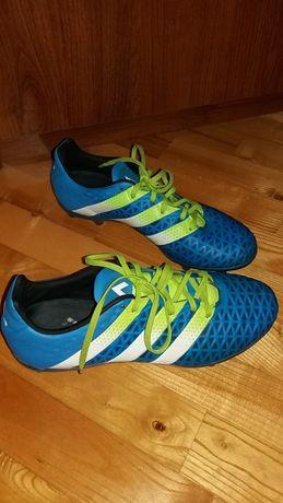 Korki piłkarskie półprofesjonalne, Adidas