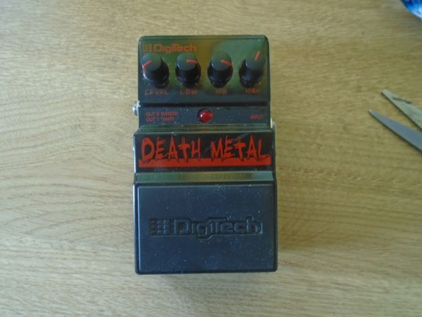 Digitech Death Metal zone distortion do gitary i syntezatora , boss