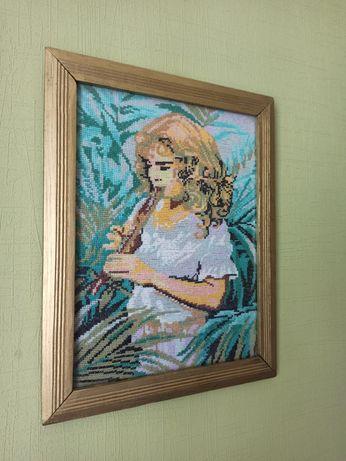 Картина крестиком в раме со стеклом