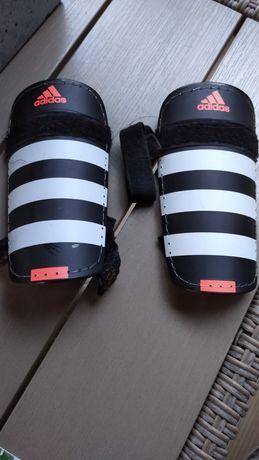 Nakolanniki ochraniacze Adidas dla dzieci