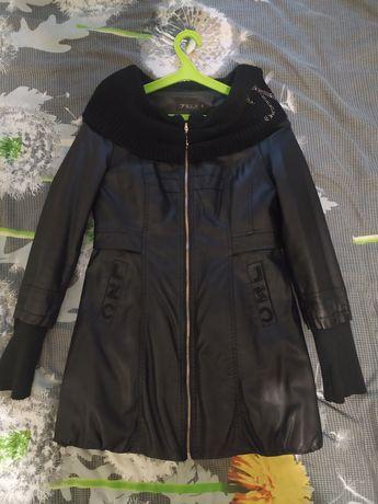 Классная курточка под кожу