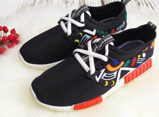 Кроссовки для подростков. Современный стильный дизайн. Практичность