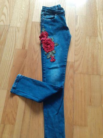 Spodnie jeansy 128 idealny stan