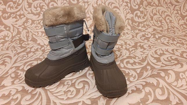 Buty zimowe dla chlopca roz.32 firmy Trespass