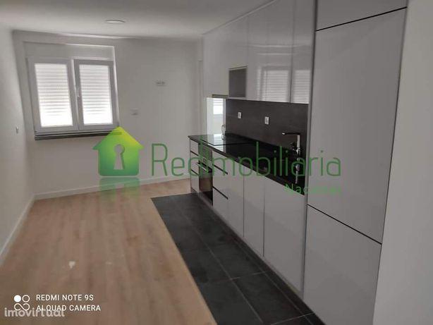 Apartamento T2 - Totalmente Remodelado