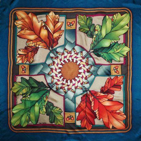 076 Шелковый батик - платочек Осенник дубовые листочки, желуди