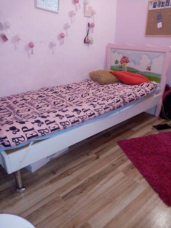 Łóżko dziewczęce 90x200