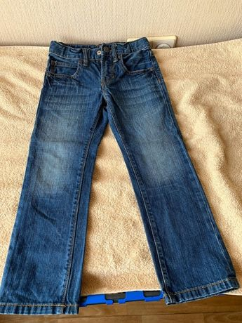 Синие джинсы GAP
