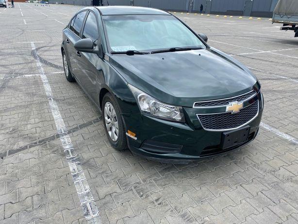 Chevrolet Cruze 2013г 1.8