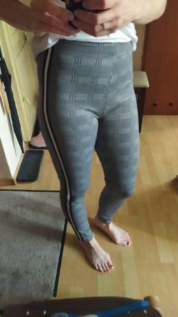 S/M Spodnie w kratę z lampasami