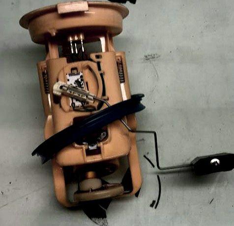 Troco Modulo alimentação bomba de gasoleo bmw e46 320d  136cv