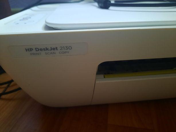 Принтер со сканером HP deskjet 2130