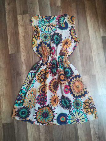 Sukienka letnia we wzory