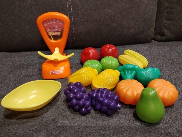 Sklep - org. CASDON - waga sklepowa ruchoma, kolorowe warzywa i owoce