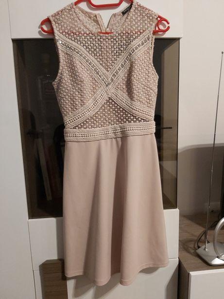 Sukienka pudrowy róż rozmiar S