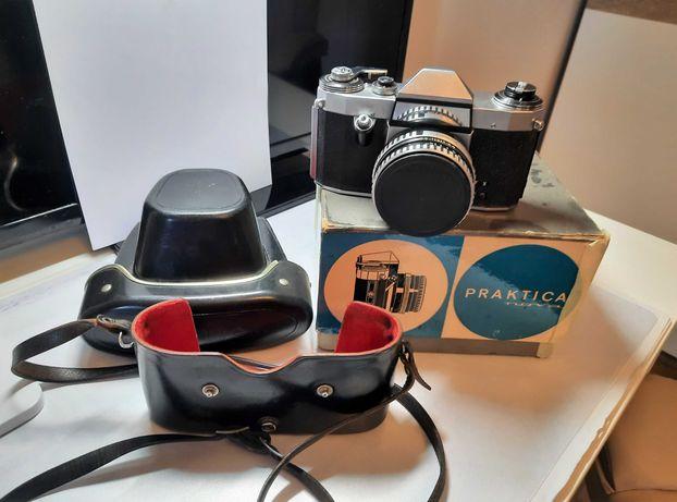 Aparat fotograficzny analogowy Praktica Nova Carl Zeiss +dodatki.