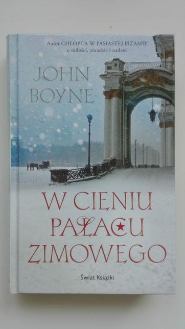 nowa książka W cieniu Pałacu Zimowego, John Boyne