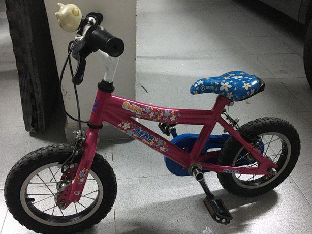 Bicicletas de menina Decathlon e Berg (aprendizagem)