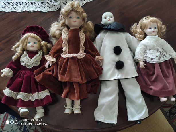 Bonecas decorativas em porcelana