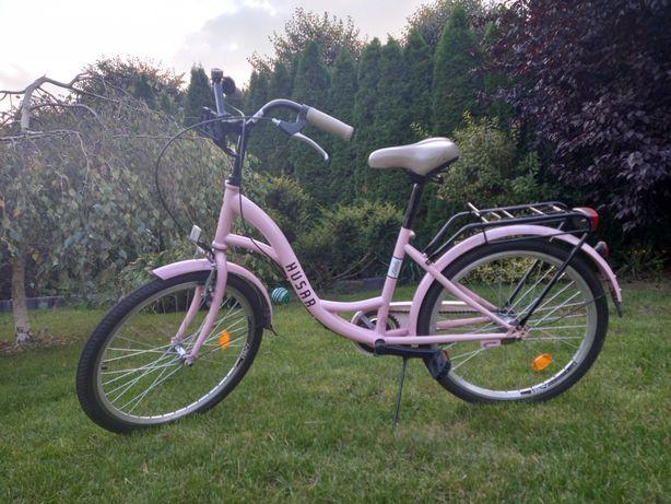różowy rower husar